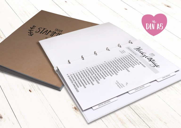 Stammbuch_A5_neutral_simple_vintage_beige_mockup2